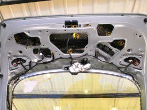 Шумоизоляция крышки багажника 1й слой